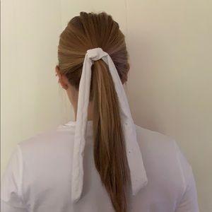 Simple white hair scarf/bow